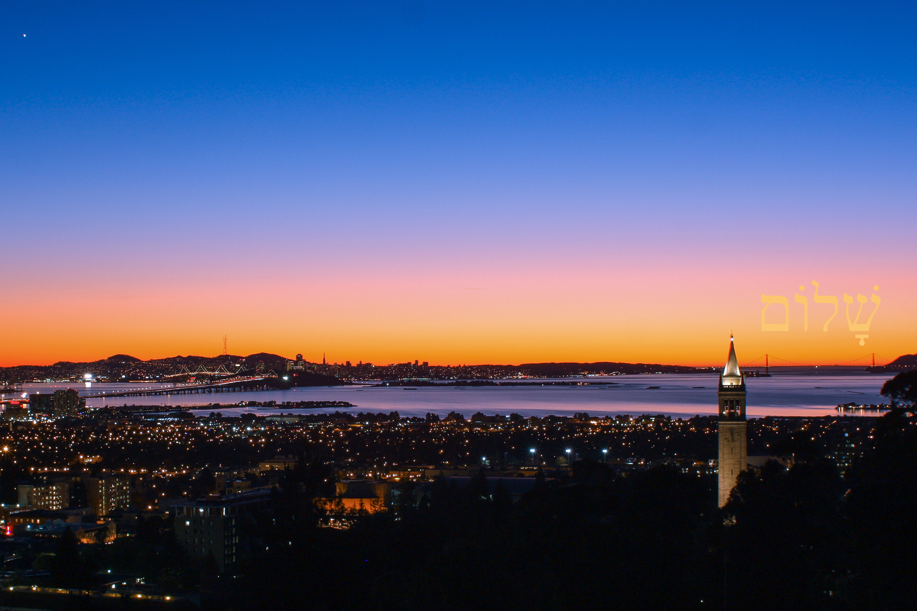 A view of the San Francisco Bay from Berkeley Hills during sunset